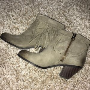 Sam Edelman booties.   Size 8.  Pale olive green